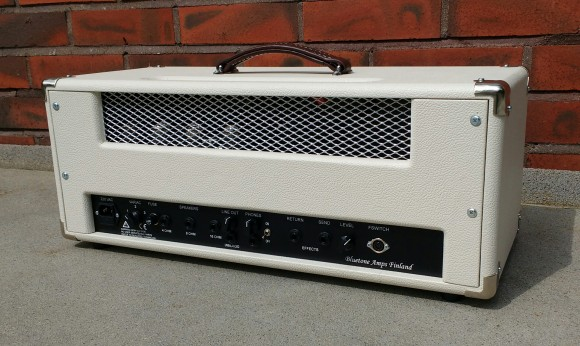Bluetone Crossroad 2+2 Reverb Head Ivory Bronco Backside 25.5.2106